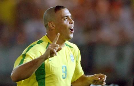 Brasilialaislegenda paljasti, etteivät joukkuetoverit innostuneet hänen hiusmuodistaan.