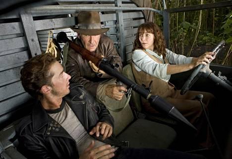 Mutt (Shia LaBeouf), Indiana (Harrison Ford) ja Marion (Karen Allen) neljännessä elokuvassa Kristallikallon valtakunta.