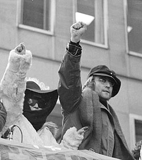 Yoko Ono ja John Lennon herättivät huolestuneisuutta Yhdysvaltojen liittovaltion poliisissa FBI:ssä 1970-luvun lopulla.