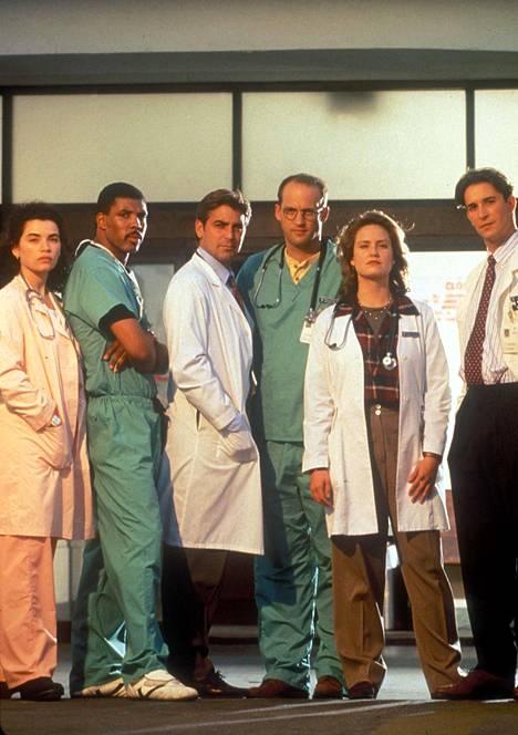 Teho-osaston rooli teki George Clooneysta (kolmas vas.) maailmankuulun näyttelijän.