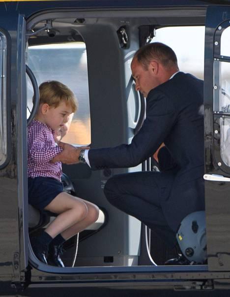 Mukana helikopterissa oli myös prinssi William.