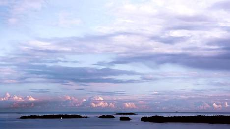 Espoossa voi meloa, vuokrata soutuveneen tai loikata veneen kyytiin. Saaria on enemmän kuin Havaijilla.
