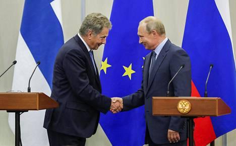 Presidentit keskustelivat mm. Itämeren lentoturvallisuudesta.
