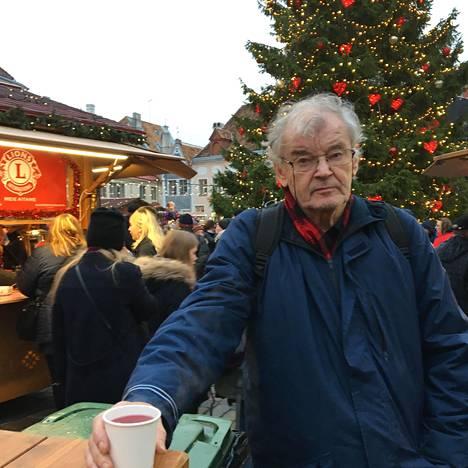Tallinnan joulutorilla on tarjolla glögiä moneen makuun.