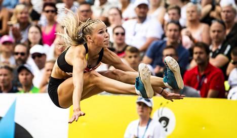 Hyppylajien monilahjakkuus Jessica Kähärä ylsi pituushypyn pronssille vuoden 2018 Kalevan kisoissa.