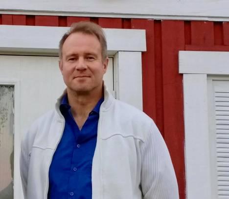 Marko A. Hautala julkaisee ensi vuonna laajan elämäkerran Algoth Untolasta.