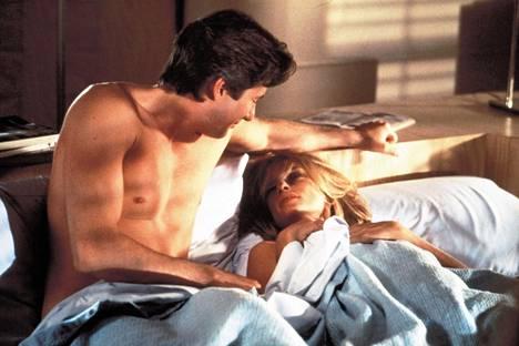 Richard Gere ja Lauren Hutton elokuvassa American Gigolo (1980).
