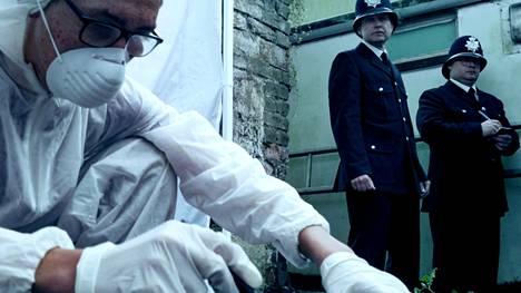 Sarjassa tarkastellaan kohua herättäneitä tapauksia.