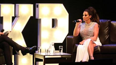 Brittilehtien mukaan Katie Pricen show't ovat olleet floppi.