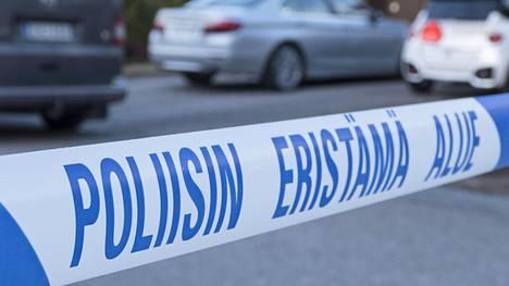 Etelä-Pohjanmaan käräjäoikeus tuomitsi 15-vuotiaan tytön yhdeksän vuoden vankeuteen samanikäisen luokkatoverinsa surmasta. Tuomio tuli alentuneesti syyntakeisena ja nuorena henkilönä tehdystä murhasta.