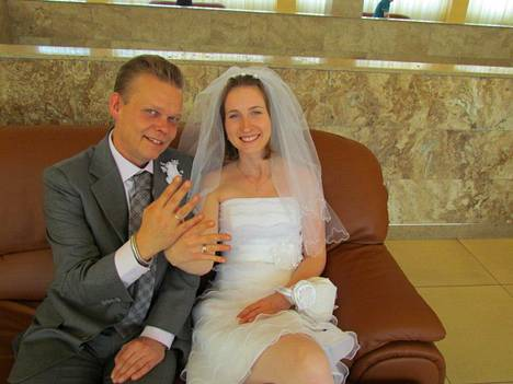 Pentti ja Venäjältä kotoisin oleva Lena-vaimo avioituivat vuonna 2012.
