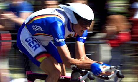Jan Ullrichia epäillään dopingin käytöstä.