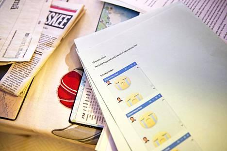 Tuula Visa on kirjoitellut itse satojen huijareiden kanssa vain heitä hämätäkseen. Yleensä rahaa aletaan pyytää neljän viikon keskustelun jälkeen.