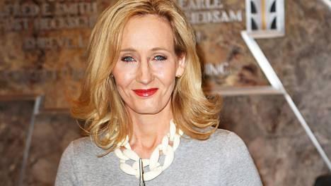 J. K. Rowling palasi twiitissään Harry Potter -kirjojen tapahtumiin.