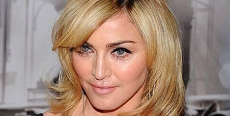 Madonna haluaa taas lapsen.