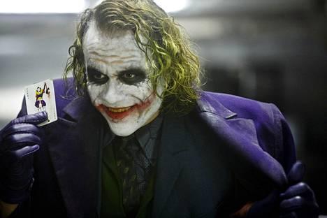 Heath Ledger sai parhaan miessivuosan Oscarin elokuvasta Yön ritari (2008).