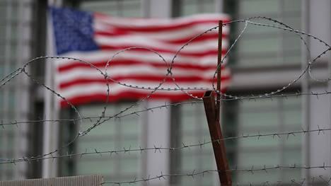 Yhdysvallat laajensi perjantaina venäläisiä koskevaa pakotelistaansa. Kuva Yhdysvaltain Moskovan-suurlähetystöltä.