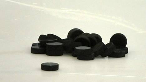 Ensimmäinen jääkiekko-ottelu pelattiin päivälleen 140 vuotta sitten.