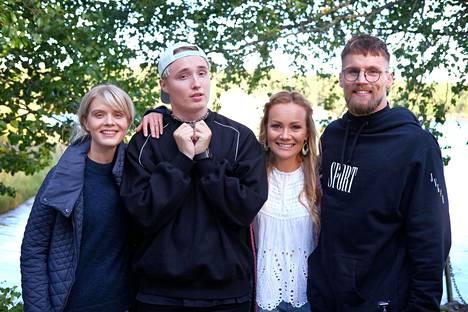 Marja Hintikka saa tällä viikolla vieraakseen Alina Tomnikovin, Isac Elliotin ja Teemu Packalénin.