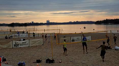 Helsingissä on oma Copacabanansa, Bangkok Post kertoo. Tarkemmin ottaen kyseessä on Hietaniemen ranta.