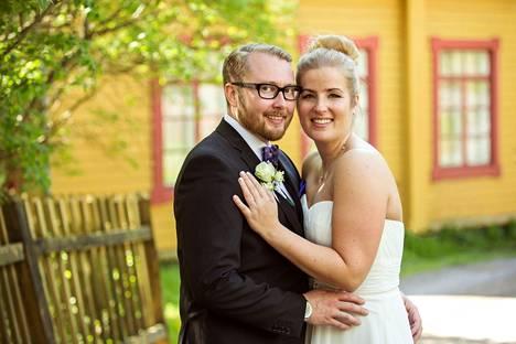 Samuel ja Tiina menivät naimisiin vuonna 2016.