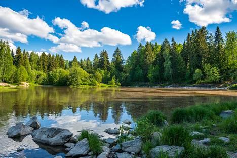 Suomi kuuluu maailman turvallisimpiin matkailumaihin.
