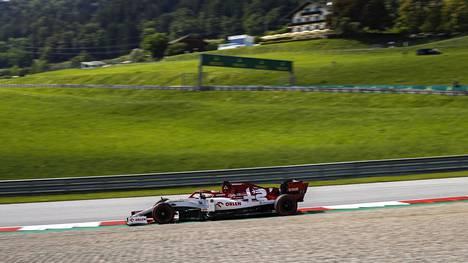 Kimi Räikkönen perjantaina Spielbergin radalla.