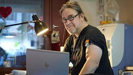57-vuotias entinen kolmen kauden kansanedustaja ja teknologiavaikuttaja Jyrki Kasvi on sairastanut vuodesta 2003 asti virtsarakon syöpää.