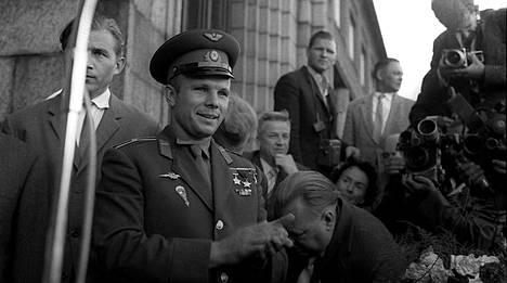 Neuvostoliittolainen majuri Juri Gagarin saapuu Helsinkiin 30. kesäkuuta 1961.