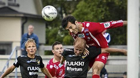 Irakli Sirbiladze (oik.) siirtyy Interiin.