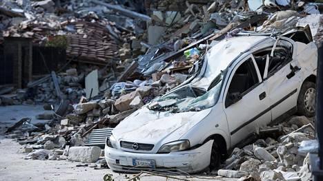 Kuva Italian Salettasta maanjäristyksen jäljiltä.