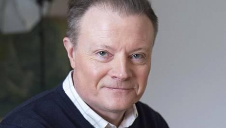 Näyttelijä Kari Hietalahti tunnetaan muun muassa Roba ja Keisari Aarnio -tv-sarjoista.