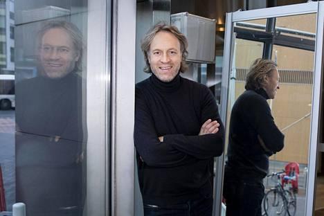 Kari Aihinen tunnetaan muun muassa Kaappaus keittiössä ja Kokkisota -tv-ohjelmista.