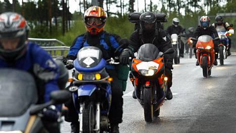 Hallitus on suunnitellut, että uusi vero moottoripyörille ja veneille tulisi käyttöön ensi vuoden alkupuolella.