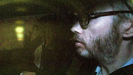 Tetra-Pak-perijä Hans Kristian Rausing tuomittiin vaimonsa kuoleman salaamisesta.