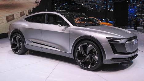 Aiemmin tänä vuonna Shanghaissa esiteltiin Audi e-tron Sportback Concept 8.