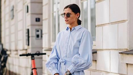 Mekoksi venynyt paitapusero on arjen helppo klassikko.