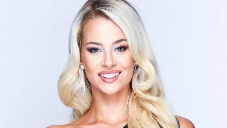 Jutta Kyllönen, 20, edusti Suomea Japanissa Miss International -kilpailuissa.