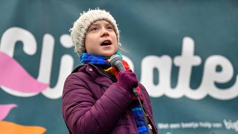 Ruotsalainen ilmastoaktivisti Greta Thunberg sai maanantaina ihmisoikeuspalkinnon.