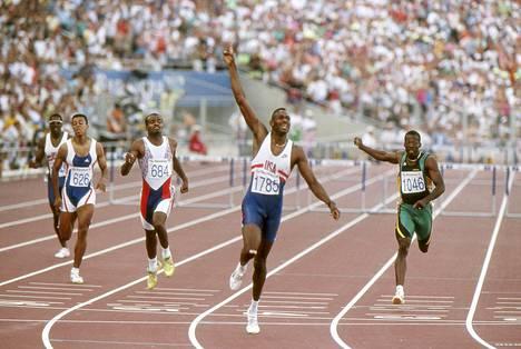Kevin Young juoksi yhä voimassa olevan ME:n 46,76 Barcelonan olympiafinaalissa 1992.