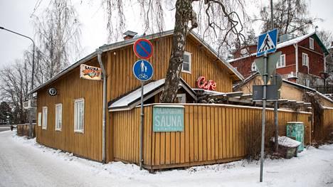 Rajaportin sauna Pispalassa on yksi Tampereen  legendaarisimmista.