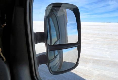 Maailman suurin suolatasanko Salar de Uyuni Boliviassa.