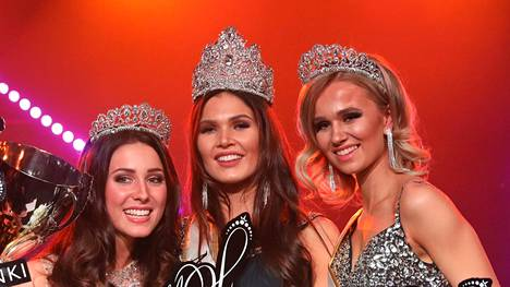 Miss Helsinki -voittajakolmikko: 2. perintöprinsessa Alicia Bärlund, Miss Helsinki 2019 Nina Kallio ja 1. perintöprinsessa Eeva Järvinen.