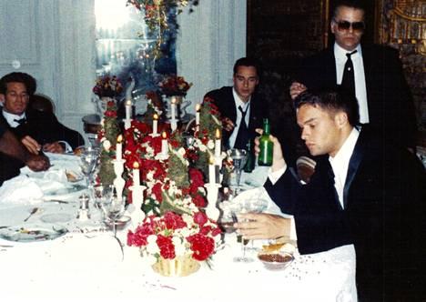 Lagerfeld rakasti juhlien järjestämistä. Mutta jos joku mokasi, hän sai lähteä.