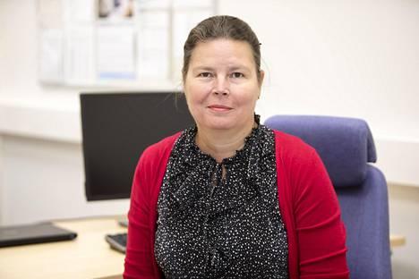Rehtori Tiina Liimatainen kertoo, että koulunkäynnin käytäntöjen toimintaa arvioidaan jatkuvasti. Koulu on valmis nopeisiin muutoksiin, jos ohjeistus muuttuu.