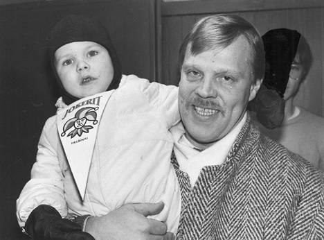 Vesa-Matti Loiri ja poika Joonas Loiri vuonna 1986.