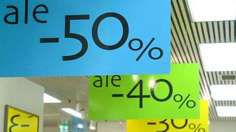 Kuluttajaliitto haluaa koventaa keinoja puuttua jatkuviin alennusmyynteihin.