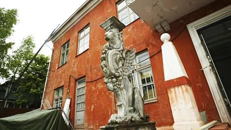 Remu Aaltosen koti Porvoossa on nyt myynnissä.