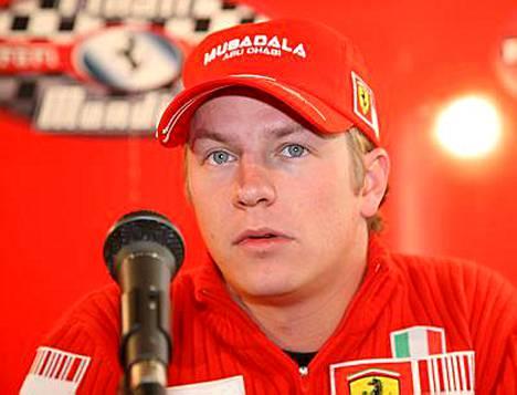 Kimi Räikkönen lensi eilen suoraan Mugellosta juhlimaan Helsinkiin.