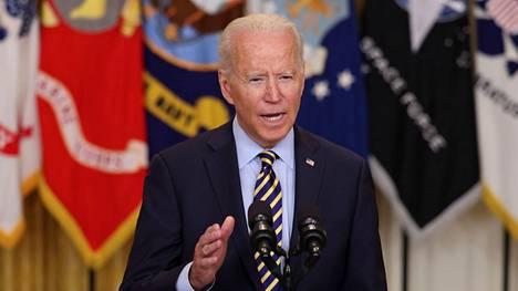 Reilu kuukausi sitten Biden esiintyi rehvakkaasti ja ilmoitti, ettei Talebanin vallankumoukselle ole käytännössä mitään mahdollisuutta.